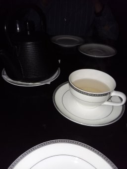 Ending dinner with a white jasmine tea